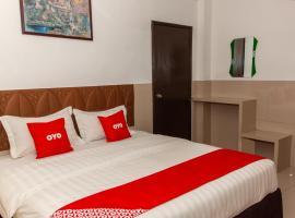 OYO 89851 Leila Hotel