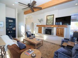 Elk View Retreat, pet-friendly hotel in Pagosa Springs