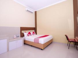 OYO 1506 Shabrina 2 Syariah, hotel in Solo