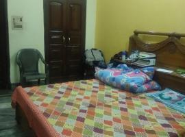 Ashok Apartment, homestay in Ghaziabad