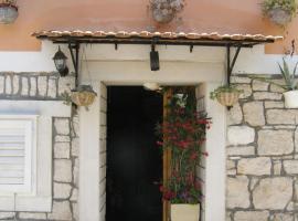 Apartment Mladenka, hotel in Vela Luka