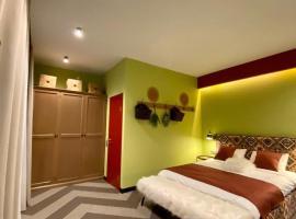 Отель Белый Пик / White Peak Hotel