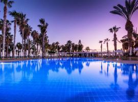 Louis Phaethon Beach - All Inclusive, hotel near Paphos International Airport - PFO,