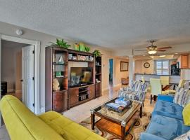 Marco Island Beach Nook w/ Resort Amenities!