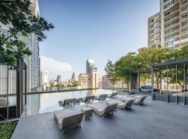 Oakwood Suites Bangkok, hotell i Bangkok