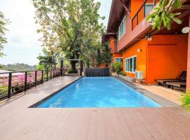 Glasshouse Phuket, hotel in Panwa Beach