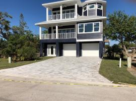 Beautiful New Construction Luxury Home, Close to the Beach!