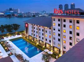 Ibis Bangkok Riverside, hotel in Bangkok