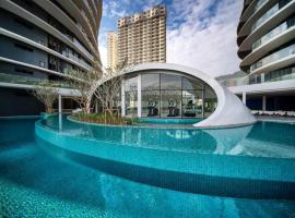 Arte Luxury Suite Apartment, hotel with jacuzzis in George Town
