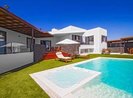 Puerto Calero Villa Sleeps 8 with Pool and Air Con