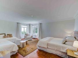 Ultimate 5 Bedroom Villa with Beach Access, Mallorca Villa 1024, Ferienhaus in Cala Ratjada