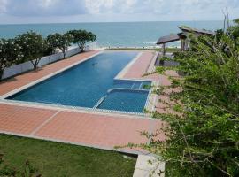 Khanom Beachfront Apartment 1
