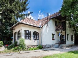 Visegrád Vendégház-Apartman, hotel in Visegrád