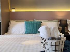The Perfect Getaway @ Tamarind Suite, Netflix Wifi