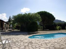 LA FELINGUE, hotel in Le Castellet
