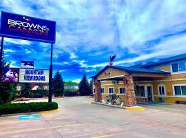 Browns Canyon Inn, accessible hotel in Salida