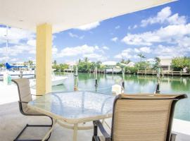 Fishing Till Sunset 1bed/1bath Condo w/Pool & dock