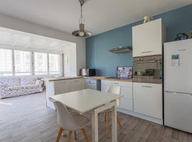 Appart'cozy, hotel in Saint-Nazaire