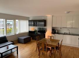 Moderne leilighet i barnevennlig område sentralt