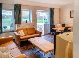 Holiday Home Bungalowpark Landsrade, holiday home in Gulpen