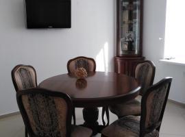 Апартаменты ЖК Алтынай, self catering accommodation in Yakty-Kul