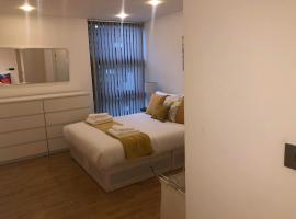 London River Side Hideaway Luxury Apartments