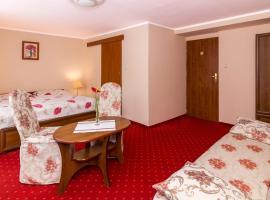 Villa Kaprys, pet-friendly hotel in Kudowa-Zdrój