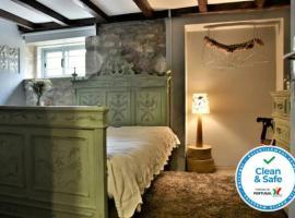 Casa do Moinho de Vento. Clean and Safe, hotel in Leça da Palmeira