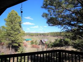 Peaceful Mountain Retreat, pet-friendly hotel in Pagosa Springs