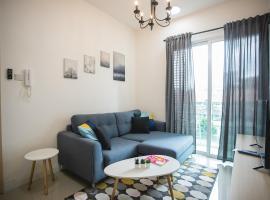 Suria North Kiara near Desa Parkcity & Plaza Arkadia by 52Hz Homestay, holiday rental in Kuala Lumpur