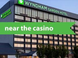 Wyndham Garden at Niagara Falls, accessible hotel in Niagara Falls