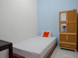 KoolKost Female Syariah near Udinus Semarang - Minimum stay 6 Nights