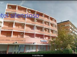 hotel MARCUS, hotel in Cesenatico