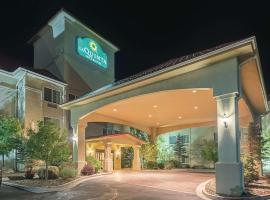 La Quinta by Wyndham Trinidad, pet-friendly hotel in Trinidad