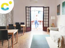 Casa Canaria Beautiful Home in Las Canteras, pet-friendly hotel in Las Palmas de Gran Canaria