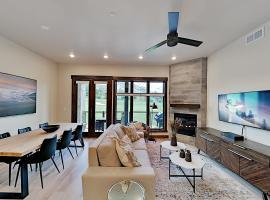 Blackstone Residences 2-Unit Mountain Basecamp condo, apartment in Park City
