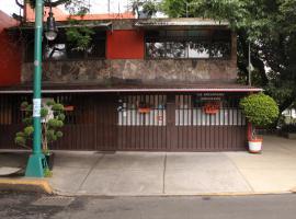 Hostal La Encantada, hotel near National Cinematheque, Mexico City