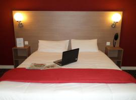 Hotel La Luna, hotel in Saint-Nazaire