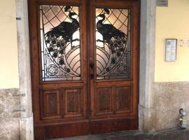 Appartamento Bomboniera, hotel in Rovigo