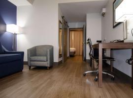 Best Western Plus First Coast Inn and Suites, hotel in Yulee