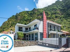 Enxurros House, apartment in Ponta Delgada
