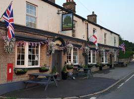 The Shady Oak Inn, hotel in Taxal