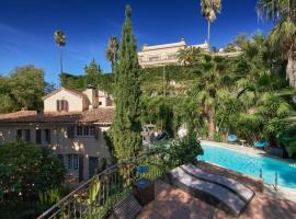 Villa Surrounded By Greenery - Villa Les Pins