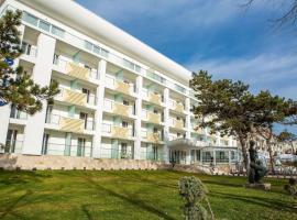 Astria Hotel, hotel din Mangalia
