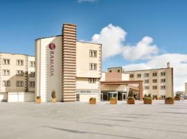 Ramada By Wyndham Cappadocia, отель в городе Ортахисар