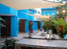 Hotel Villas Las Anclas، فندق في كوزوميل