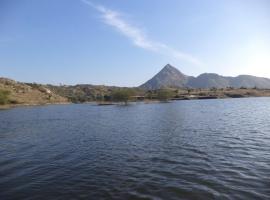 Lakeside Camping Udaipur