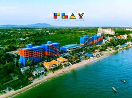 Play Phala Beach Rayong, hotel near U-Tapao Rayong-Pattaya International Airport - UTP, Ban Chang
