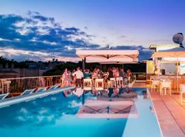 Hotel The Place - Adults Only, hotel in Cala Ratjada