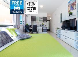 Studio Apartment & Room Ten, beach hotel in Dubrovnik